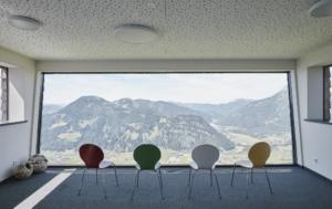 """Die kostenlose """"Safe Service®""""-Lern-App ist eine digitale Unterstützung für touristische Betriebe und nun auch für die Veranstaltungsbranche. Ab jetzt heißt es auch für das Convention Bureau Tirol: connect & be safe!"""